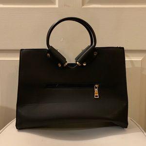 Handbags - Women's Black Purse/Handbag